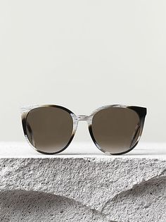 THIN MARY SUNGLASSES BLACK HORN ACETATE, Céline pre-fall 2014