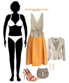 ideas how to wear clothes body shapes inverted triangle Inverted Triangle Outfits, Inverted Triangle Body, Triangle Body Shape, V Shape Body, Body Shapes, Dressing Your Body Type, Estilo Hippy, Mode Chic, Moda Plus Size