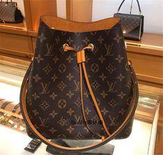 3e534a2185fc Order for replica handbag and replica Louis Vuitton shoes of most luxurious  designers. Sellers of replica Louis Vuitton belts