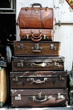 Really need to find some wonderful old cases like this... but where!?