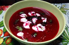 wegańska zupa z buraków