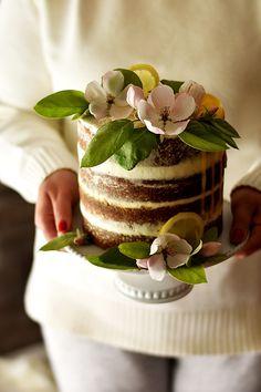 Sweet Gula: Bolo Naked de Limão e Sésamo Preto com Lemon Curd e Cobertura de Mascarpone - 4º Aniversário do Blog