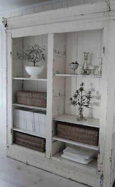 armoires de salle de bains peintes sur pinterest. Black Bedroom Furniture Sets. Home Design Ideas