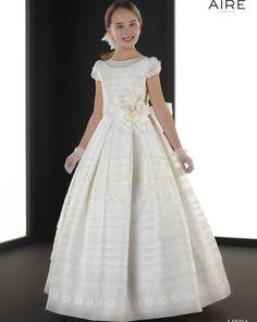 Linda vestido de comunión corte evasé