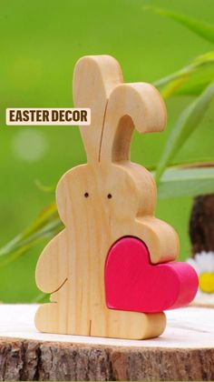 Easter Gifts For Kids, Easter Crafts, Easter Decor, Love Cake Topper, Cake Toppers, Wooden Rabbit, Diy Ostern, Wood Toys, Love Gifts