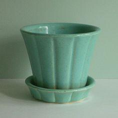 aqua mccoy pottery