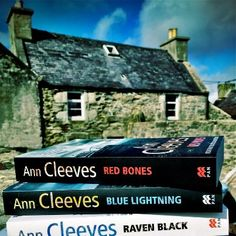 Ann Cleeves Shetland series. Highly recommended. Books To Read, My Books, Red Bone, Mystery Novels, Films, Movies, Reading Lists, Favorite Tv Shows, Authors