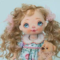 Всем хорошего дня. Have a nice day Sold #alicemoonclub #ooak #fabricdolls #handmade #clothdoll #heirloomdoll #cotton #dollsofinstagram #interiordolls #artwork #인형#娃娃 #dollscollector #artdolls #vintage #unique #picoftheday #puppet #dollmaker #etsyseller #like4like #dollstagram #handmadedoll #dollscollection #dollforsale #giftideas #dress #softdoll #etsyshop