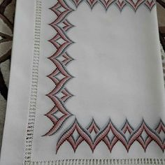Bargello Needlepoint, Bargello Quilts, Flower Patterns, Hand Embroidery, Cross Stitch Patterns, Tapestry, Make Art, Towels, Cross Stitch