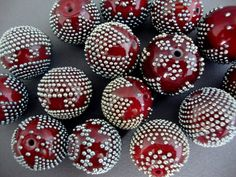 Lampwork beads by Anne-Lise   (FlameArt) - shows great control