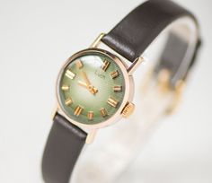 Green face lady's watch LuchRay  gold plated womens by 4Rooms