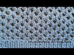 Punto calado a dos agujas - YouTube Loom Knitting, Knitting Stitches, Knitting Needles, Cool Patterns, Knit Patterns, Big Knit Blanket, Jumbo Yarn, Big Knits, Knit Pillow
