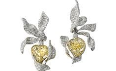 CINDY-CHAO_Flower-in-the-Wind_Earrings_1,680,000-USD-www.collection-magazine.com