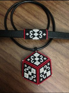 More Beaded Crafts, Jewelry Crafts, Peyote Patterns, Beading Patterns, Seed Bead Jewelry, Beaded Jewelry, Beaded Earrings, Beaded Bracelets, Peyote Triangle