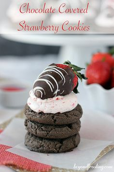 Chocolate Covered Strawberry Cookies | Beyond Frosting