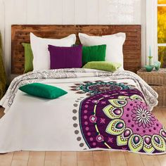 Spring in the bedroom with bedding Decoration Bedroom, Teen Room Decor, Designer Bed Sheets, Comfy Bed, Bed Spreads, Home Textile, Comforter Sets, My Room, Interior Design