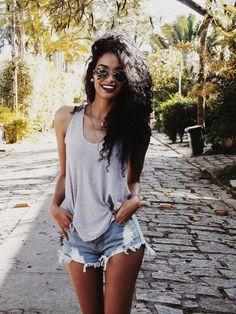 Finíssimas fashion: look do dia: brazilian lifestyle! Latest Summer Fashion, Summer Fashion Trends, Spring Summer Fashion, Fall Fashion, Look Con Short, Summer Outfits, Cute Outfits, Mode Style, Summer Looks