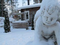 #angel #snow #snowangel #cabin #holidaycottage #finland #villahevi