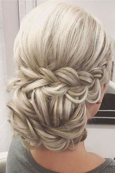 Overwhelming Boho Wedding Hairstyles ❤ See more: http://www.weddingforward.com/boho-wedding-hairstyles/ #weddings #weddinghairstyles