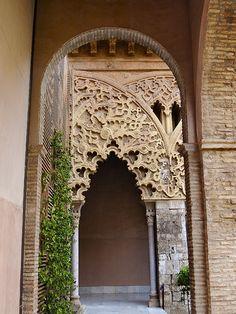 PALACIO DE LA ALJAFERÍA (Zaragoza)  Spain by Lois Anton, via Flickr