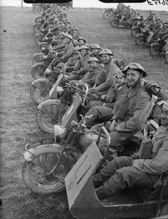 BRITISH ARMY FRANCE 1940 (F 3195)   Motorcycle combinations of 4th Northumberland Fusiliers at Fontaine, 20 March 1940.