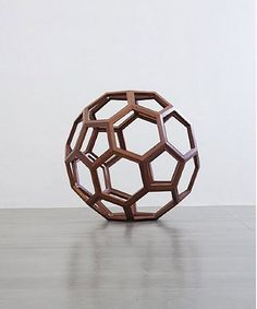 Untitled (Foster Divina) de l'artiste Ai Weiwei
