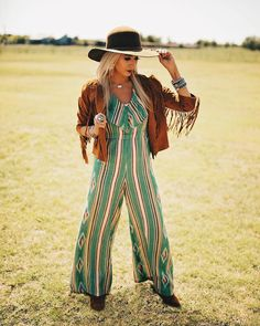 Hippie Outfits, Fall Outfits, Cute Outfits, Funky Style, Cool Style, My Style, Cowgirl Fashion, Cowgirl Style, Western Outfits