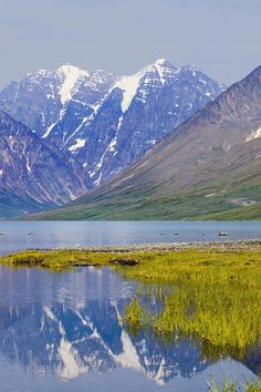 ✯ Turquoise Lake Below Telaquana Mountain - Alaska