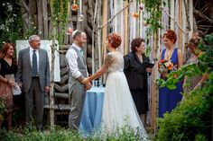 DIY creative wedding at the American Visionary Art Museum by @aelandesphoto | Two Bright Lights :: Blog