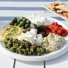The latest tips and news on Appetizers are on POPSUGAR Food. On POPSUGAR Food you will find everything you need on food, recipes and Appetizers. Mezze Platter Ideas, Meze Platter, Antipasto Platter, Armenian Recipes, Turkish Recipes, Greek Recipes, Vegetarian Recipes, Cooking Recipes, Vegetarian Protein