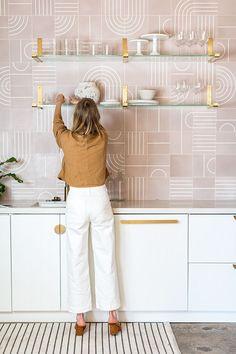 A new LA Event Space, Festoon! - festoon, new LA event space // Sarah Sherman Samuel - Living Room Decor With Brown Sofa, Scandi Living, Home Interior, Kitchen Interior, Interior And Exterior, Kitchen Decor, Interior Plants, Interior Modern, Küchen Design
