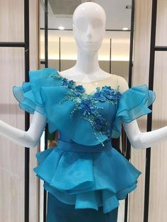 African Prom Dresses, Latest African Fashion Dresses, African Dress, African Fashion Traditional, Myanmar Dress Design, Beautiful Pakistani Dresses, African Lace Styles, Modest Fashion Hijab, Sleeves Designs For Dresses