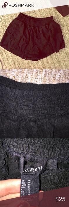 Black mini shorts Black mini shorts. Soooooo comfy , pockets , and elastic waistband. Short short length Forever 21 Shorts