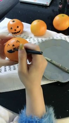 Hope you have a happy Halloween halloween halloweendiycontest diy dearlives handmade Halloween Snacks, Disfarces Halloween, Halloween Party Activities, Feliz Halloween, Halloween Decorations For Kids, Adornos Halloween, Manualidades Halloween, Toddler Halloween, Halloween Party Decor