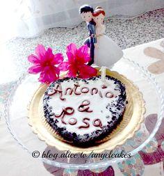 San Valentino è alle porte! Che ne dite di una torta gelato con biscotto di Luca Montersino? Emoticon wink  ALICE TV #alicetv #sanvalentino #ricettesanvalentino #cakes #ricette #dolci #foodblogger #anniversario #matrimonio #tortabiscotto #tortagelato #LucaMontersino #CucinareMeglio #myTaste