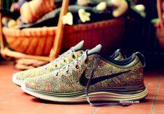 Nike Lunar Flyknit One+ Multi Color