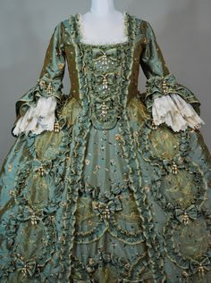 haute couture fashion Archives - Best Fashion Tips 18th Century Dress, 18th Century Costume, 18th Century Clothing, 18th Century Fashion, 1700s Dresses, Old Dresses, Vintage Dresses, Vintage Outfits, Antique Clothing