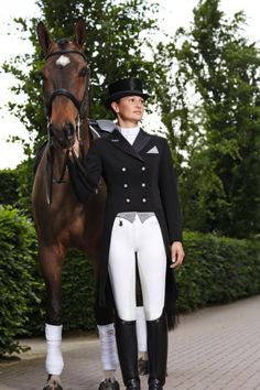 Pikeur Tailcoat - Jersey Fabric; comes w/ 3 point colors