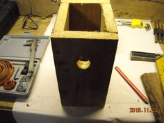 I know a man who sell birdhouses on flea market. He buy birdhouses made by me.