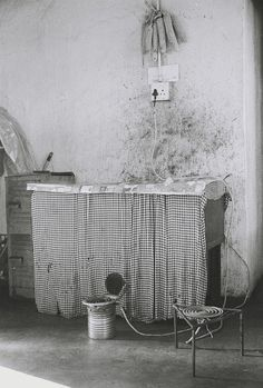 Andrew Tshabangu, Mielies, Stove and Heater, from the series Hostel Interiors, 2011 Courtesy the artist and Gallery MOMO Unsung Hero, African Artists, Hostel, Stove, Interiors, Gallery, Photos, Photography, Modern Art