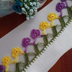 Crochet Borders, Crochet Patterns, Needlework, Crochet Necklace, Diy, Stitch, Instagram Posts, Lace Knitting, Crochet Stitches
