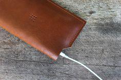 Posh Craft 501 iPhone 6 Sleeve