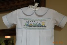 Newborn Hand Smocked gown by TheSmockingGarden on Etsy Smocked Baby Clothes, Baby Clothes Patterns, Clothing Patterns, Smocked Dresses, Little Boy Outfits, Baby Boy Outfits, Kids Outfits, Baby Sewing Tutorials, Smocking Patterns