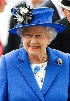 EPSOM, ENGLAND - JUNE 2:  Queen Elizabeth II arrives at The Derby on June 2, 2012 in...