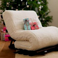 Pullout bed chair! omg vivian this would be such a cute chair ANNDDDDDD pull out!!!!