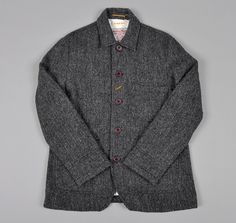 The Hill-Side makes men's clothing in USA & Japan. Founded in Brooklyn in GQ Best New Menswear Designers in America. Work Jackets, Tweed Jackets, Fashion Illustration Face, Modern Mens Fashion, Tweed Run, Style Masculin, Retro Mode, Harris Tweed, Looks Style