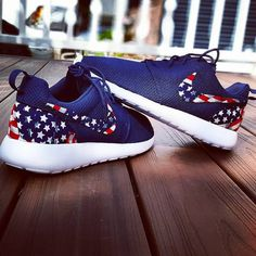 Navy nike roshe run american flag by CGRoshes on Etsy