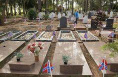 Graves in the Cemiterio dos Americanos in Americana/Santa Barbara, Brazil