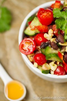sted Corn Black Bean Salad #vegan #glutenfree Sugar Free Recipes, Vegetarian Recipes, Healthy Recipes, Cilantro Recipes, Roasted Corn, Bean Salad, Summer Salads, Soup And Salad, Main Meals