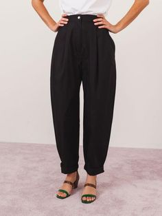 Black Babe Pant Loose Pants, Weekend Wear, Put On, Poplin, Harem Pants, Babe, Legs, Womens Fashion, How To Wear